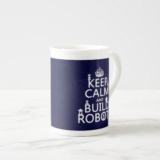 Behalten Sie ruhige und Gestalt-Roboter (in Porzellantasse