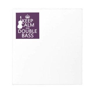 Behalten Sie ruhigen und doppelten Baß (irgendeine Notizblock