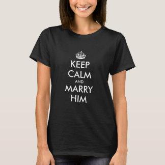 Behalten Sie ruhiges Hochzeits-Verlobungst-shirt T-Shirt