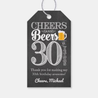 Beifall und Biere zu 30 Jahren Geschenk-Umbau- Geschenkanhänger