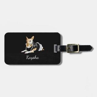 Beige gemalte bezaubernde Chihuahua auf schwarzem Kofferanhänger