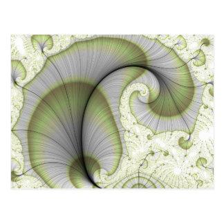 Belaubtes grünes abstraktes Fraktal-Muster Postkarte