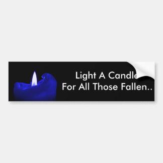 Beleuchten Sie eine Kerze für alles gefallene die Autoaufkleber