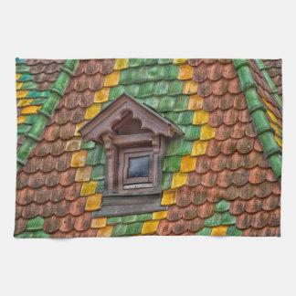 Bemerkenswertes Dach in der Mitte von Obernai Handtuch