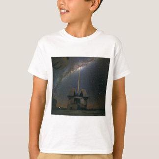 Beobachten der Milchstraße unter Verwendung des T-Shirt