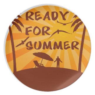 Bereiten Sie für Sommer vor Teller