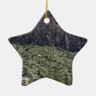 Berg im roten Felsen Nanovolt Keramik Ornament