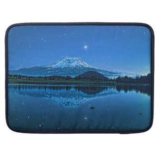 BERG SHASTA DURCH STARLIGHT MacBook PRO SLEEVE