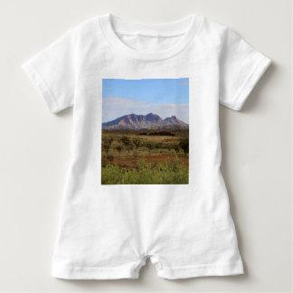 Berg Sonder, zentrales australisches Hinterland Baby Strampler