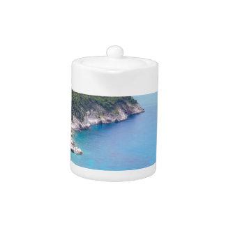 Berge und Meer in der griechischen Bucht