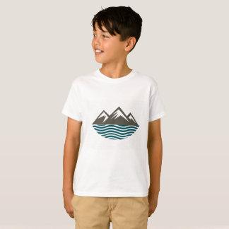 Berge und Wellen T-Shirt