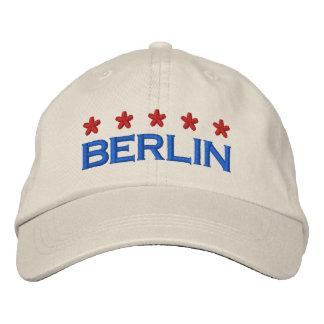 BERLIN - 001 BESTICKTE BASEBALLKAPPE