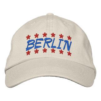 BERLIN BESTICKTE BASEBALLKAPPE