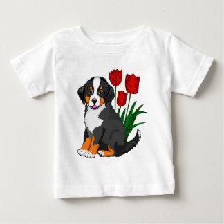 Bernese Gebirgshund mit Tulpen Baby T-shirt