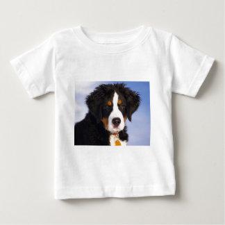 Bernese Gebirgshund - niedliches Welpen-Foto Baby T-shirt