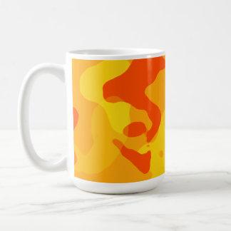 Bernsteinfarbige orange Camouflage; Tarnung Kaffeetasse