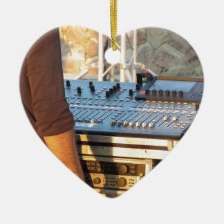 Berufliche mischende Audiokonsole Keramik Herz-Ornament