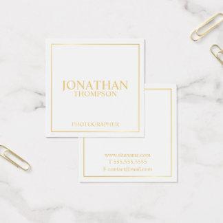 Berufliches elegantes Weiß und Gold Quadratische Visitenkarte