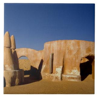 Berühmtes Film-Set Stern-Kriegsfilme in Sahara Große Quadratische Fliese