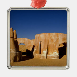 Berühmtes Film-Set Stern-Kriegsfilme in Sahara Quadratisches Silberfarbenes Ornament