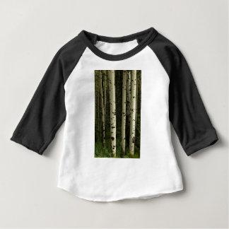 Beschaffenheit eines Waldporträts Baby T-shirt