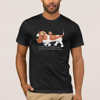 Beschäftigtes Basset Hound T-Shirt