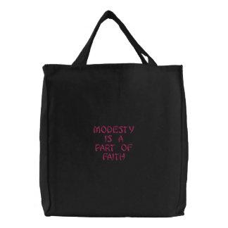 Bescheidenheit ist ein Teil Glaube Bestickte Einkaufstaschen