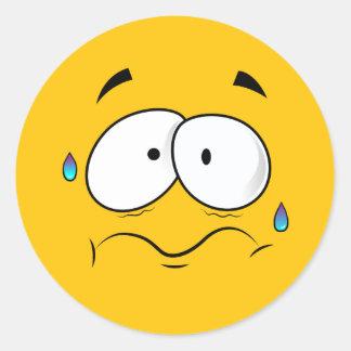 Besorgtes gelbes Emoji Runder Aufkleber