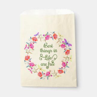 Beste Sachen im Leben sind frei gemalter Geschenktütchen