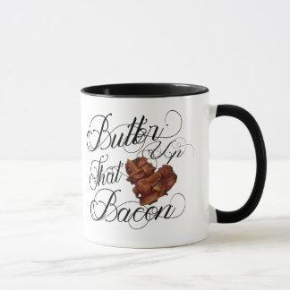 Bestreichen Sie oben Tasse mit Butter