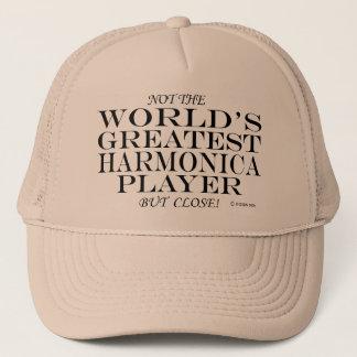 Bestster Harmonika-Spieler nah Truckerkappe