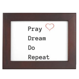 Beten Sie Traum wiederholen - Andenken-Kasten Erinnerungsdose