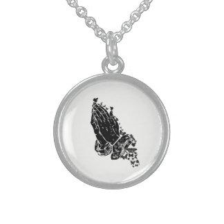 Betende Hände und Schmetterlinge Halskette