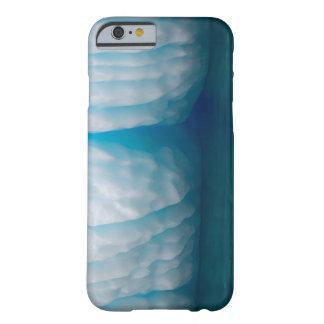 Betrachtungseisberge im Blau im Errera Kanal Barely There iPhone 6 Hülle