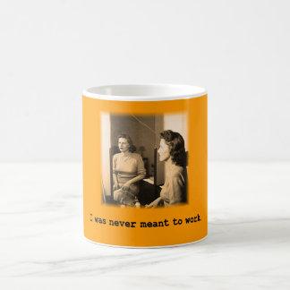 Betrunkene Mama wurde ich nie bedeutet, um Shirt Kaffeetasse