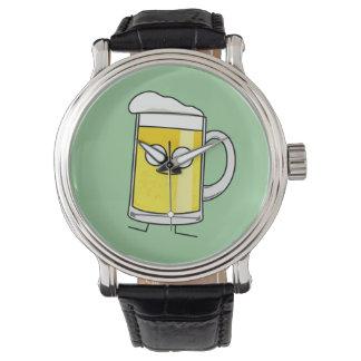 Betrunkener glücklicher Alkohol des glücklichen Armbanduhr