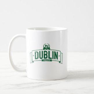 beunruhigte Dublin-Fahne Kaffeetasse