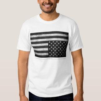 Beunruhigte Flagge T-shirt