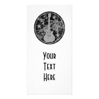 Beunruhigte Gitarre hat Miniatur-Silhouette dunkle Individuelle Photo Karte
