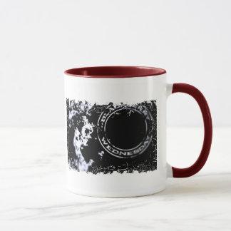 Beunruhigte Grenze - 2 versahen Wecker-Tasse mit Tasse