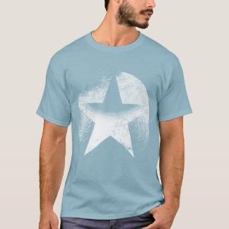 beunruhigte Maschine gewaschen, cooler verblaßter T-Shirt