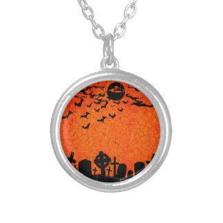 Beunruhigter Friedhof - orange schwarzer Versilberte Kette