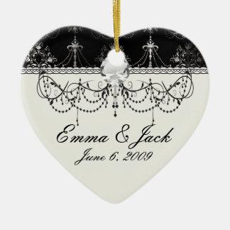 beunruhigter Leuchter Schwarz-weiß Keramik Ornament