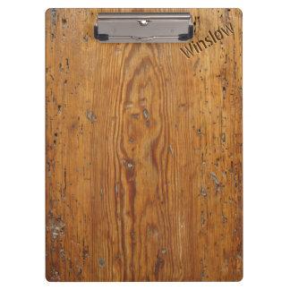 Beunruhigtes Holz (personalisiertes Klemmbrett)