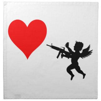 Bewaffneter Amor zerstört Liebe Stoffserviette