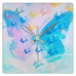 Bewölkte Schmetterlings-Uhr Quadratische Wanduhr