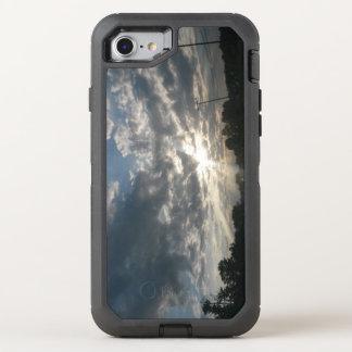 Bewölkter greller Glanz OtterBox Defender iPhone 8/7 Hülle