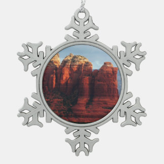 Bewölkter Kaffee-Topf-Felsen in Sedona Arizona Schneeflocken Zinn-Ornament