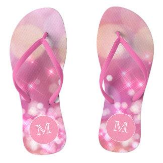 Bezauberndes rosa Glitzern Monogramm drehen Flip Flops