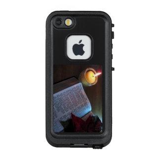 Bibel und Kerze FRĒ® für Apple iPhone SE/5/5s LifeProof FRÄ' iPhone SE/5/5s Hülle